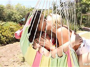 Dani and Cherie nail on the hammock