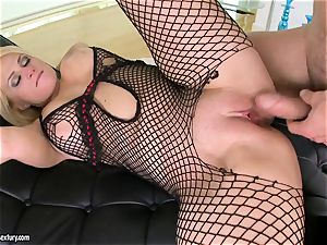 Brooklyn Bailey likes the bulky sword working stiff to explode on her