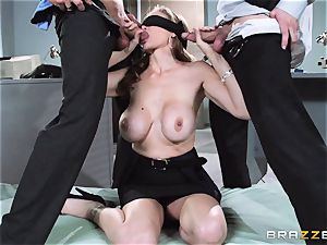 mind-blowing manager Julia Ann gets a double creaming