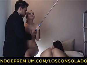 LOS CONSOLADORES - adorable honey naked rubdown and three way