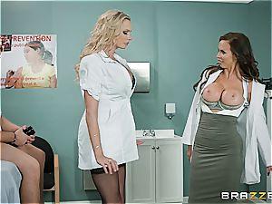 medic Nikki Benz and nurse Briana Banks treating a fat stuck manmeat