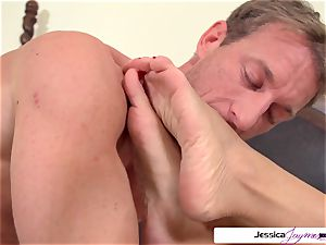 Jessica Jaymes is well-prepped and ultra-kinky to get torn up by Ryan