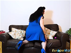 EuropeMaturE buxomy damsel mind-blowing lingerie and fun