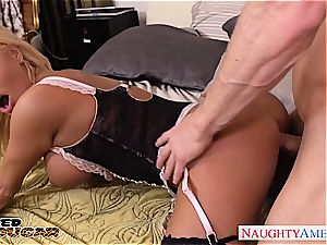 blond mummy Nikita Von James tear up