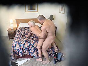 ultra-kinky Nina Elle pokes her dude at the hotel