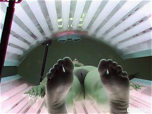 brown-haired nubile fingering vulva