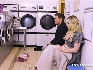 Private.com - Mia Malkova gets plumbed in the laundry