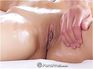 Nina North receives a sexual rubdown