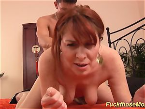 red-haired stepmom need a heavy stiffy
