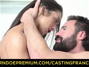 casting FRANCAIS - fledgling sweetheart pulverized and cum caked
