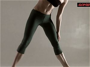 Razdery Noga in tight yoga pants