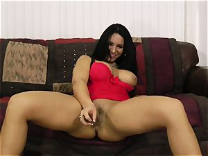 Bella Reese the getting off