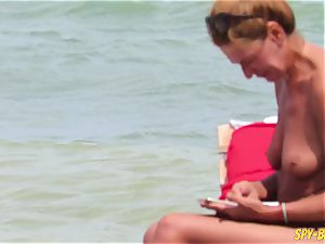 bare-breasted inexperienced milfs - spycam Beach Close-Up