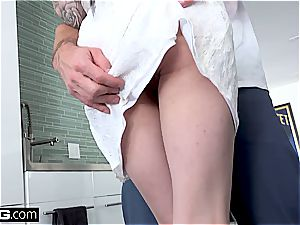 Marley Brinx gets ravaged all over the kitchen counter