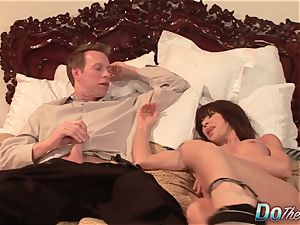 sexy Jenla Moore bangs while her hubby sees