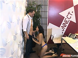 Ariana Marie at her daddys work getting fucked in his office