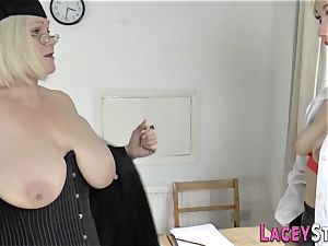 Mature les headmistress
