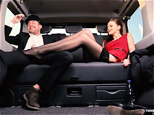 pounded IN TRAFFIC - british Tina Kay porked in the car
