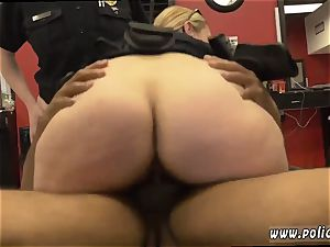 ebony pokes blonde We apprehended the suspect on the spot and positioned the barbershop