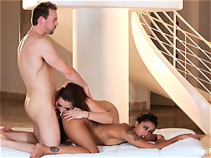Dani Daniels shares a humungous spear with skin Diamond