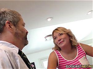Zelda Morrison gets gang-fucked and DP'd by BBCs