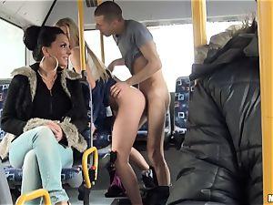 Lindsey Olsen boinks her fellow on a public bus