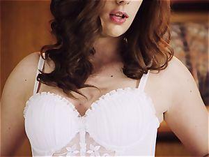 teasing nubile Izolda confirms chastity