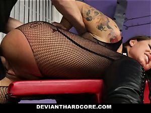 DeviantHardcore - uber-sexy milf gash bashing