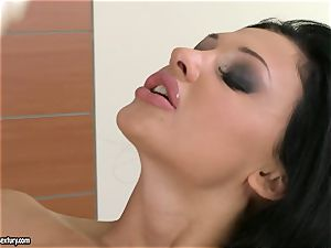 Aletta Ocean thumps her outstanding fingers deep in her sugary-sweet clean-shaved cooch