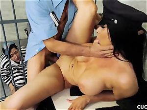 Romi Rain - My spouse should know how to smash a real men