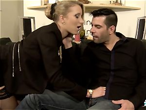 LA COCHONNE - steamy anal with naughty French blond