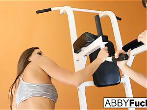 workout inbetween Abigail and Dana
