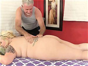 blondie fatty lovemaking massage